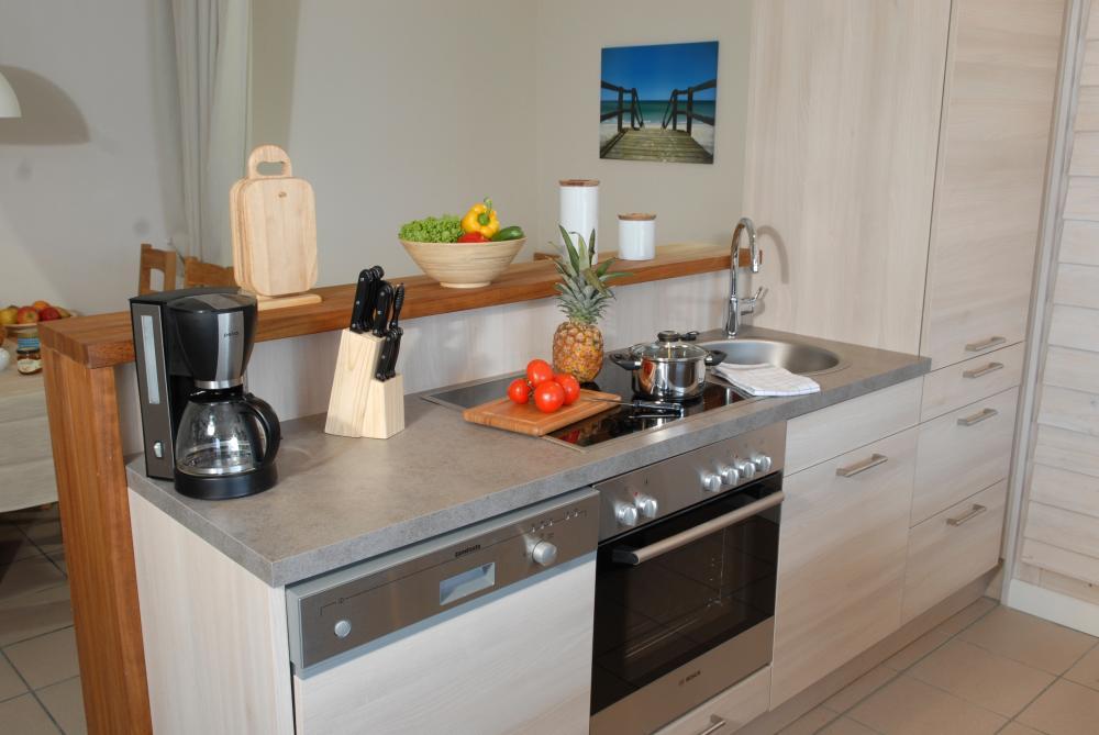 Kochen im Landhausstil Kueche Landhaus in Beige